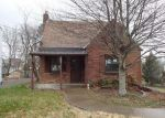 Foreclosed Home in Pittsburgh 15234 553 OLD FARM RD - Property ID: 4263208