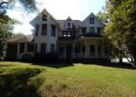 Foreclosed Home in Columbia 38401 1039 CLAREMONT DR - Property ID: 4263246
