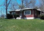 Foreclosed Home in Bedford 47421 385 S LEATHERWOOD RD - Property ID: 4264029