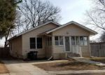 Foreclosed Home in Des Moines 50312 821 40TH PL - Property ID: 4264045