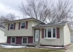 Foreclosed Home in Cedar Falls 50613 805 CALUMETT DR - Property ID: 4264073