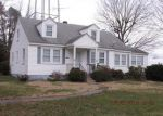 Foreclosed Home in Montross 22520 94 CARVER ST - Property ID: 4264341