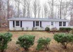 Foreclosed Home in Palmyra 22963 30 STONEWALL RD - Property ID: 4264358