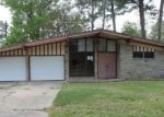 Foreclosed Home in Vidor 77662 590 TERI DR - Property ID: 4264493