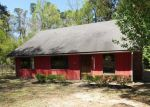 Foreclosed Home in Huntington 75949 1405 N MAIN ST - Property ID: 4264523