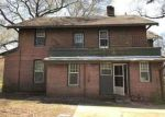 Foreclosed Home in Jackson 38301 217 W KING ST - Property ID: 4264676