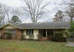 Foreclosed Home in Knoxville 37912 5700 CHESSWOOD DR - Property ID: 4264683