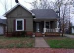Foreclosed Home in Coffeyville 67337 811 W 5TH ST - Property ID: 4265116