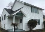 Foreclosed Home in Hamburg 14075 4951 MORGAN PKWY - Property ID: 4265356