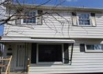 Foreclosed Home in Dearborn Heights 48125 25562 ANDOVER DR - Property ID: 4265878