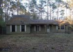 Foreclosed Home in Covington 70435 73598 PENN MILL RD - Property ID: 4266091