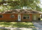 Foreclosed Home in Baker 70714 7156 JUNO DR - Property ID: 4266133
