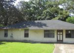 Foreclosed Home in Baton Rouge 70811 7644 GOV DERBIGNY DR - Property ID: 4266149