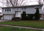 Foreclosed Home in Chicago Heights 60411 1900 219TH PL - Property ID: 4266276