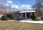 Foreclosed Home in Thomaston 6787 63 MASON HILL RD - Property ID: 4266598