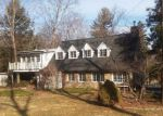 Foreclosed Home in Wilton 6897 72 W MEADOW RD - Property ID: 4266644