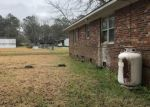Foreclosed Home in Burgaw 28425 211 NEW RD - Property ID: 4267094