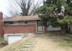 Foreclosed Home in Verona 15147 7733 MARK DR - Property ID: 4267158