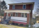 Foreclosed Home in Sharon 16146 945 HALL AVE - Property ID: 4268198