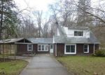 Foreclosed Home in Hubbard 44425 4524 GLADE ST - Property ID: 4268264