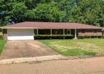Foreclosed Home in Clinton 39056 1213 CANTERBURY LN - Property ID: 4268351