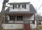 Foreclosed Home in Baltimore 21206 3724 E NORTHERN PKWY - Property ID: 4268403