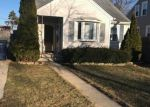 Foreclosed Home in Evergreen Park 60805 8815 S MOZART AVE - Property ID: 4268427