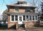 Foreclosed Home in Grant Park 60940 106 S MEADOW ST - Property ID: 4268429