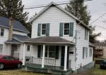 Foreclosed Home in Archbald 18403 402 1ST ST - Property ID: 4269075