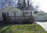Foreclosed Home in Essexville 48732 111 MAIN ST - Property ID: 4269656