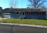 Foreclosed Home in Pennsville 8070 129 PRINCETON RD - Property ID: 4269738