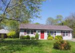 Foreclosed Home in Louisville 40272 7111 ETHAN ALLEN WAY - Property ID: 4270145