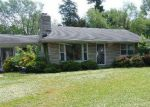 Foreclosed Home in Louisville 40216 3703 ROSA TER - Property ID: 4270876