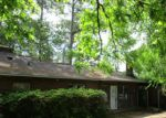 Foreclosed Home in Lumberton 28358 2601 N MCMILLAN AVE - Property ID: 4271210
