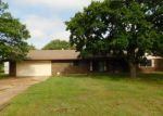Foreclosed Home in Choctaw 73020 1161 ROCK HOLLOW DR - Property ID: 4271570