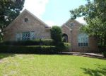Foreclosed Home in Montgomery 77356 233 BLUE HILL DR - Property ID: 4271632