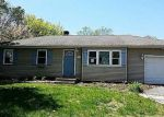 Foreclosed Home in Shirley 11967 14 HELENE DR - Property ID: 4272724