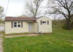 Foreclosed Home in Creve Coeur 61610 113 FAIRVIEW CT - Property ID: 4273317