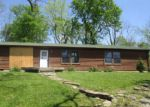 Foreclosed Home in Stamping Ground 40379 911 COPPAGE RD - Property ID: 4273400