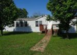 Foreclosed Home in Fayette 65248 3771 STATE ROUTE A - Property ID: 4273493