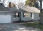 Foreclosed Home in Danielson 6239 513 WAUREGAN RD - Property ID: 836634