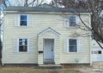 Foreclosed Home in Warwick 2886 22 CAPEWAY RD - Property ID: 898166
