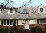 Foreclosed Home in West Hempstead 11552 541 MAPLE ST - Property ID: 70058359