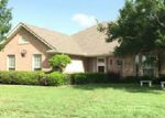 Foreclosed Home in Cleburne 76033 1406 COUNTRY CLUB RD - Property ID: 70068636