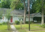 Foreclosed Home in Alvin 77511 505 W DUMBLE ST - Property ID: 70101255