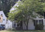 Foreclosed Home in Ashland 41101 2300 HILTON AVE - Property ID: 70104054