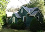 Foreclosed Home in Brentwood 11717 15 HAMILTON AVE - Property ID: 70108567