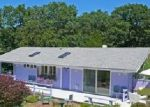 Foreclosed Home in East Hampton 11937 22 COPECES LN - Property ID: 70108568