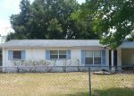 Foreclosed Home in Fruitland Park 34731 711 NUZUM ST - Property ID: 70110340