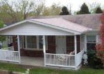 Foreclosed Home in Newburg 20664 9833 MEADOWVIEW DR - Property ID: 70111043